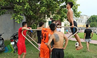 Sân chơi Đình Trường Lâm (P. Việt Hưng, Q.Long Biên)